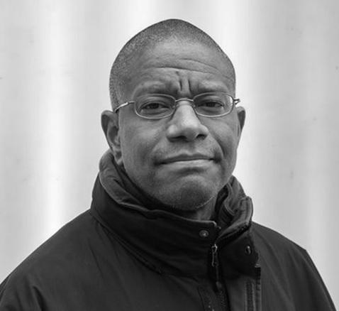El estadounidense Paul Beatty gana el Premio Man Booker