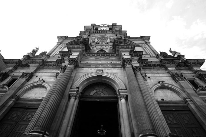 Inician restauración de la basílica del Voto Nacional