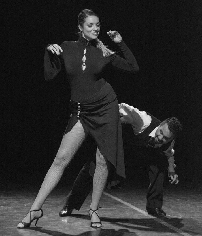 Laura Mayolo e Iván Ovalle estrenan Melan-Khole Tango