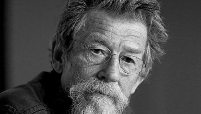 A los 77 años fallece el actor británico John Hurt