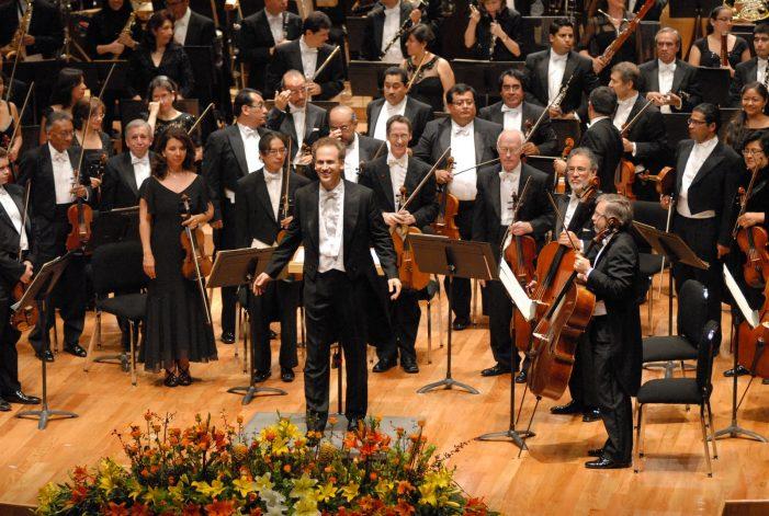 """La Orquesta Sinfónica de México celebrará los 50 años de la novela """"Cien años de Soledad"""""""