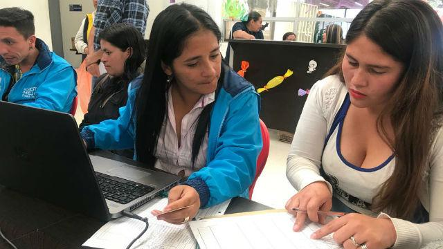 Ofrecen 150 empleos para vendedores informales en Bogotá