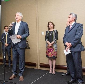 """Enrique Peñalosa: """"Hemos incrementado en un 83 % recursos para la cultura"""""""
