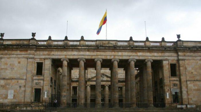 """Congreso y Corte Constitucional: """"Un coctel mortal"""""""
