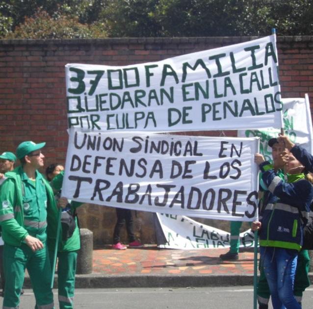 Trabajadores de Aguas de Bogotá protestan por inminente liquidación de la empresa