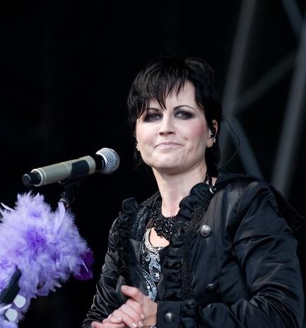 Murió Dolores O'Riordan, vocalista del grupo The Cranberries