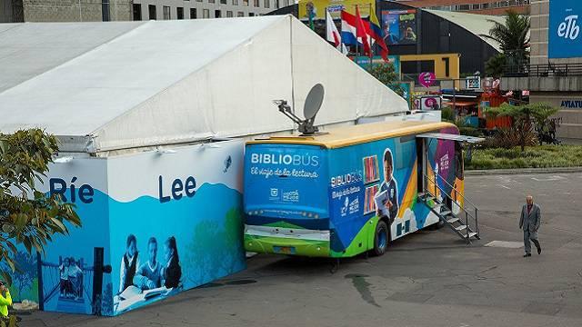 La Feria Internacional del Libro de Bogotá sale a los barrios