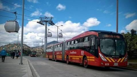 Adjudican licitación para renovar buses de TransMilenio