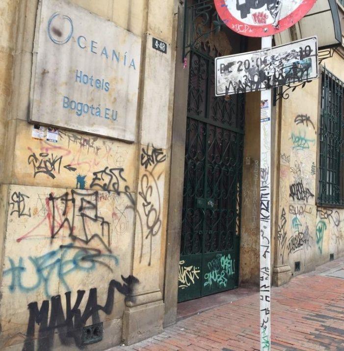 Vándalos graffiteros atacaron 17 viviendas del Centro Histórico de Bogotá