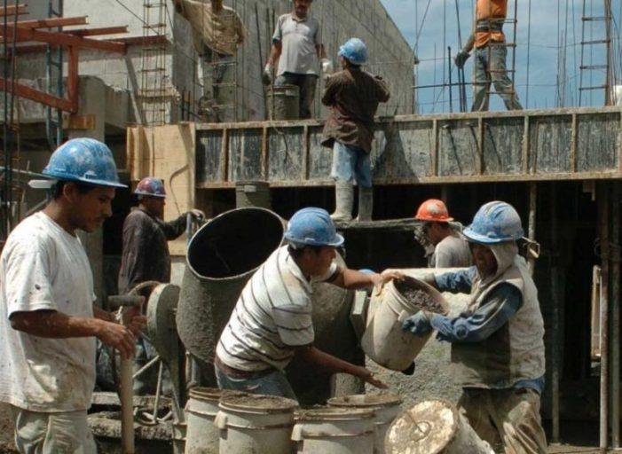 Autorizan a 126 empresas de construcción para que retomen actividades en Bogotá