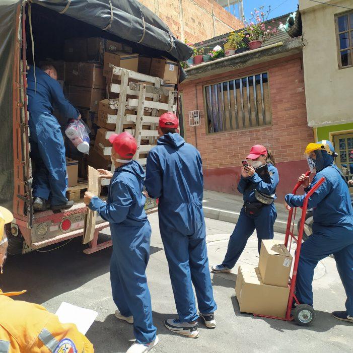 Entregan ayudas a habitantes de la Localidad de Ciudad Bolívar