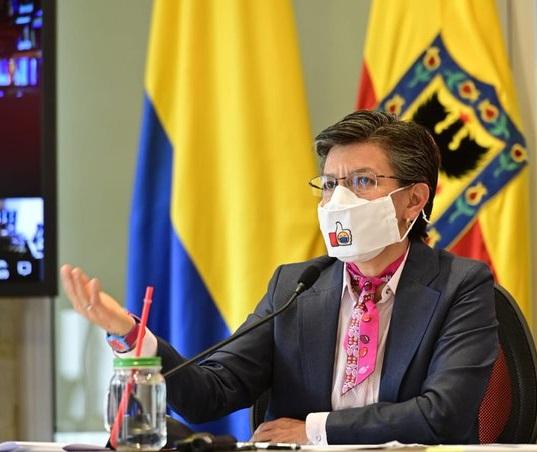 Claudia López toma medidas contra la corrupción y por el gobierno abierto en Bogotá