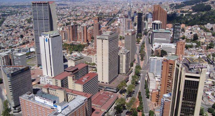 Bogotá en confinamiento total desde este viernes