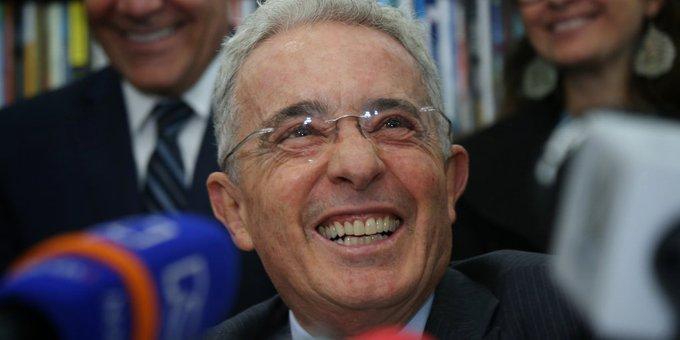 Fiscalía solicita audiencia de preclusión en proceso contra Álvaro Uribe por presunta manipulación de testigos