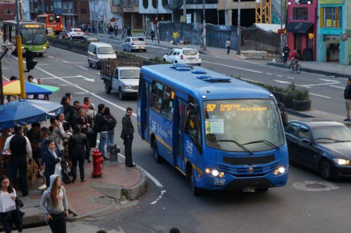 Dudas sobre el futuro del SITP en Bogotá plantea el concejal Samir Abisambra