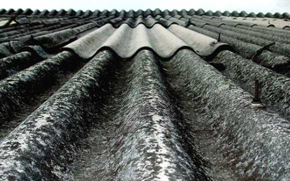 Presidente Duque firma decreto para prohibir importar y exportar asbesto en el país