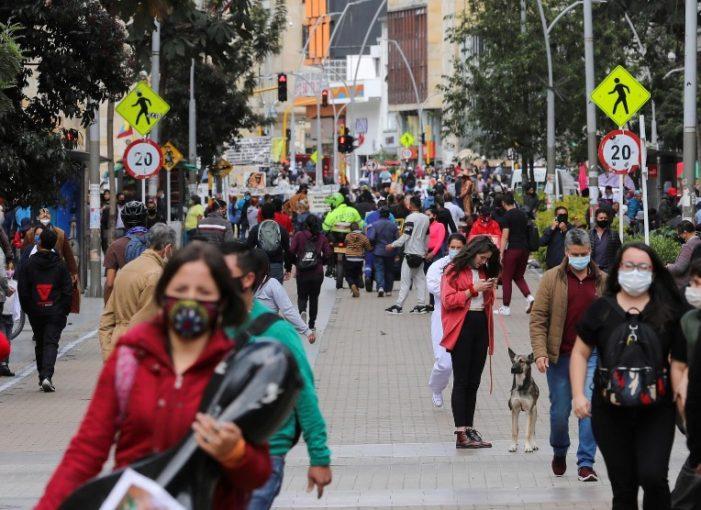 Bogotá extiende el Toque de Queda nocturno para frenar el coronavirus
