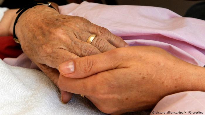 Corte Constitucional estudia si se debe extender la eutanasia a pacientes no terminales
