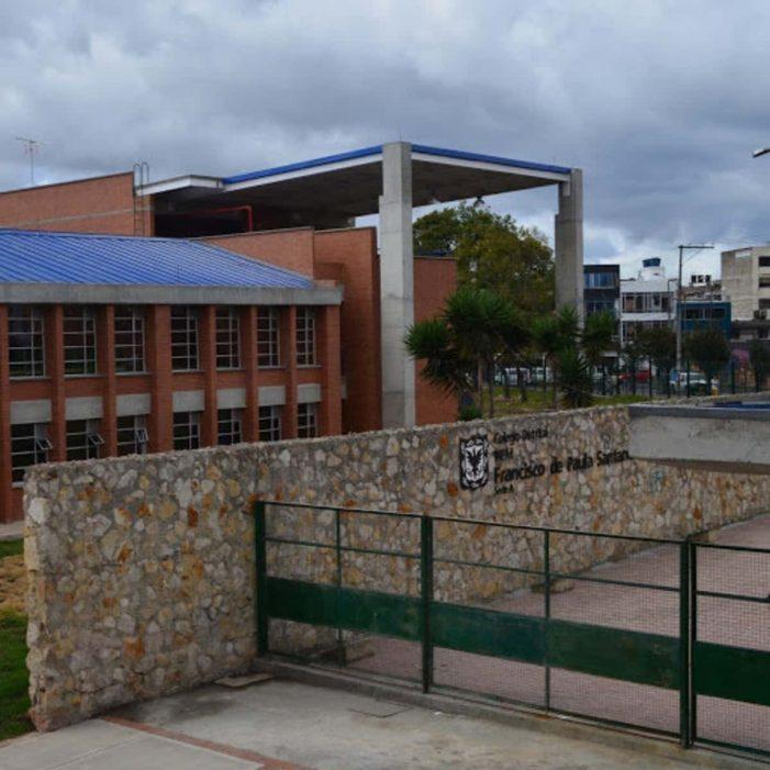 11 profesores de un colegio público en Bogotá dieron positivo para COVID-19